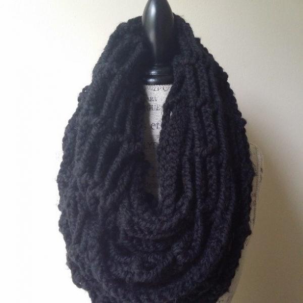 mmjatl crochet cowl 6