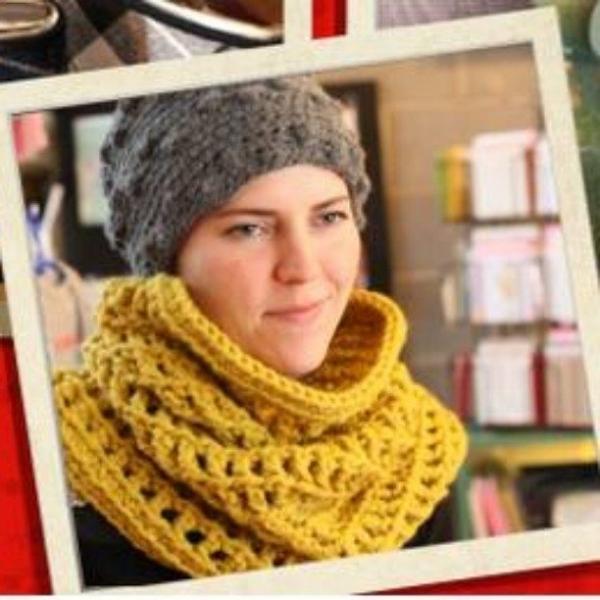 mmjatl crochet cowl