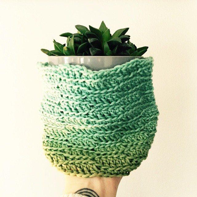 mobiusgirl crochet cozy