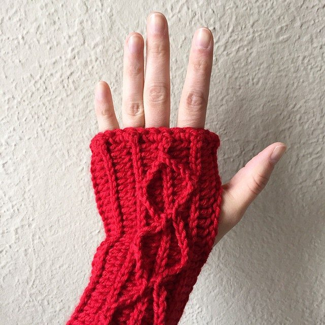 mobiusgirl crochet fingerless gloves