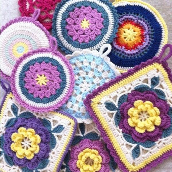 nesimerciger crochet potholders