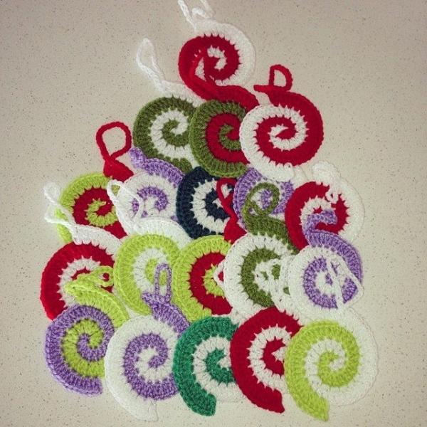 nessbombaert crochet spirals