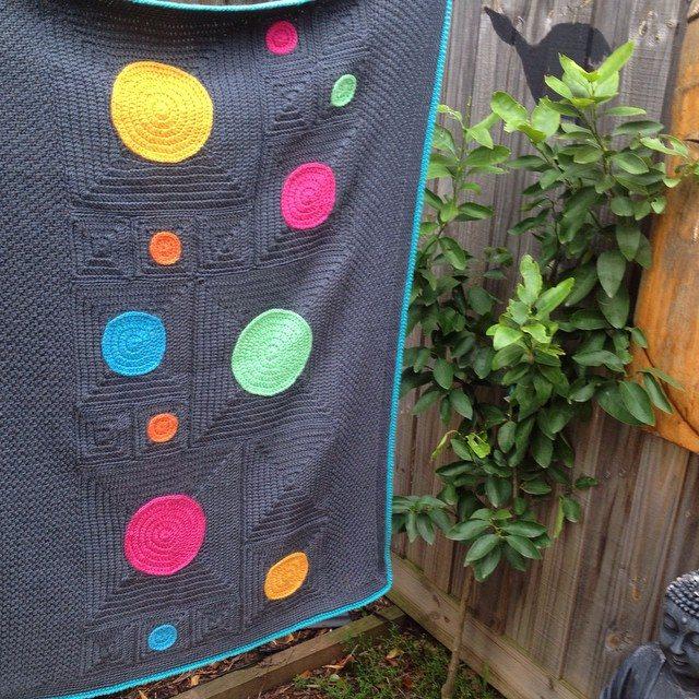 poppyandbliss colorful crochet blanket circles