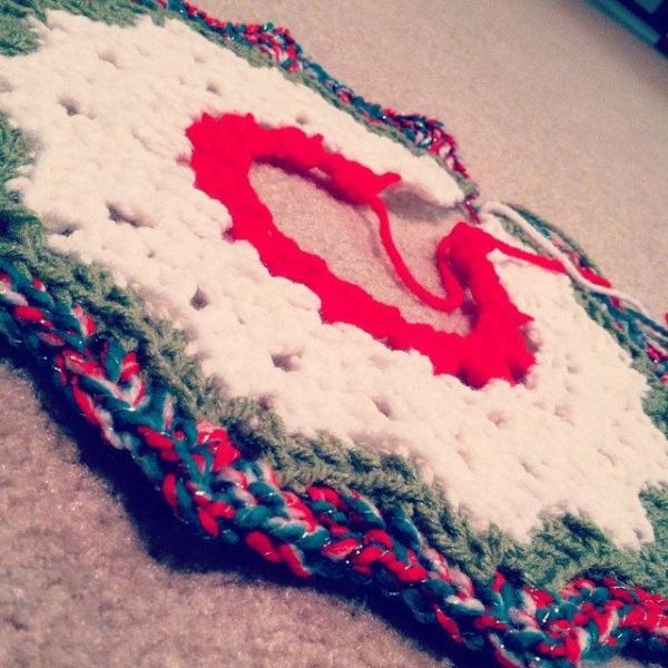 sapphire314 crochet christmas tree skirt 2