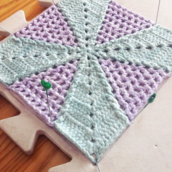 stephaniedavies crochet CAL square
