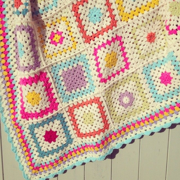 sweet_sharna_makes crochet blanket