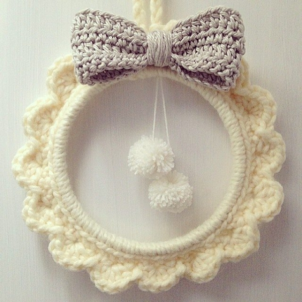 sweet_sharna_makes crochet christmas wreath