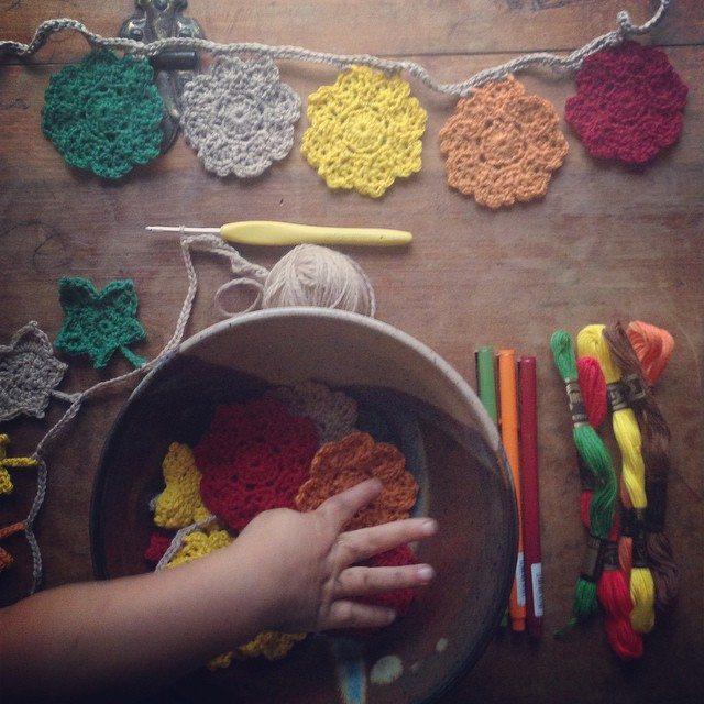 woolyana crochet bunting