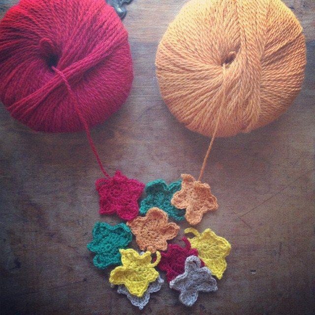 woolyana crochet fall motifs