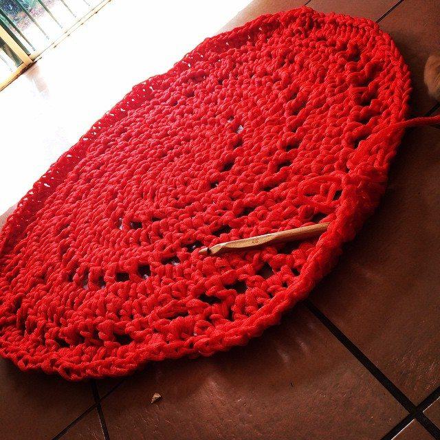 yarn_in_a_barn crochet rug