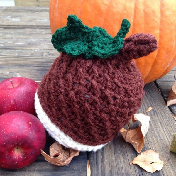 yarnfreak crochet acorn hat