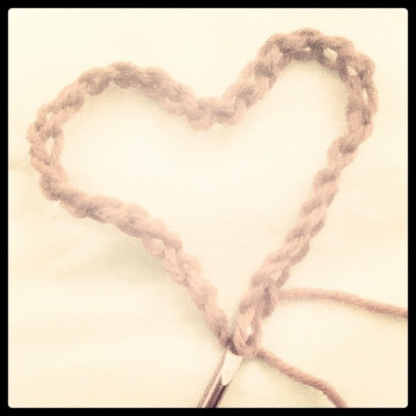 crochet chain heart