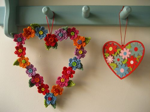 crochet heart flower wreath project
