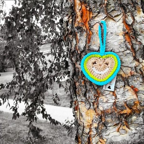 crochet heart love bomb