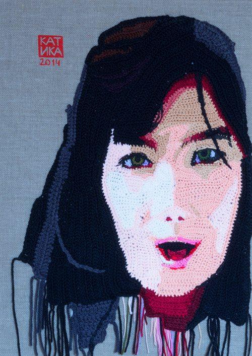crochet portrait art bjork