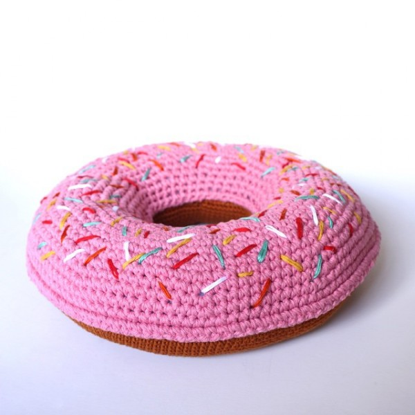 flamingpot crochet donut pillow