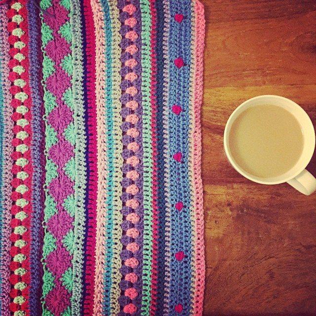 holly_pips crochet blanket work