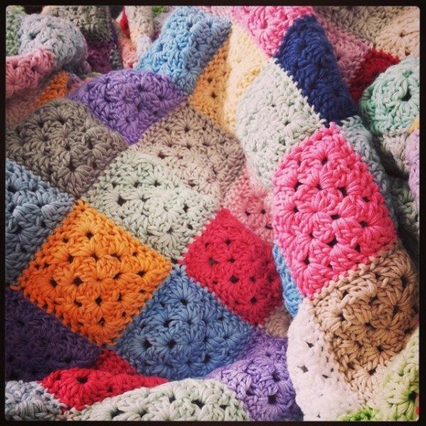 hookybren crochet squares