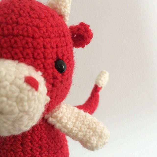 littlecosythings crochet dragon closeup