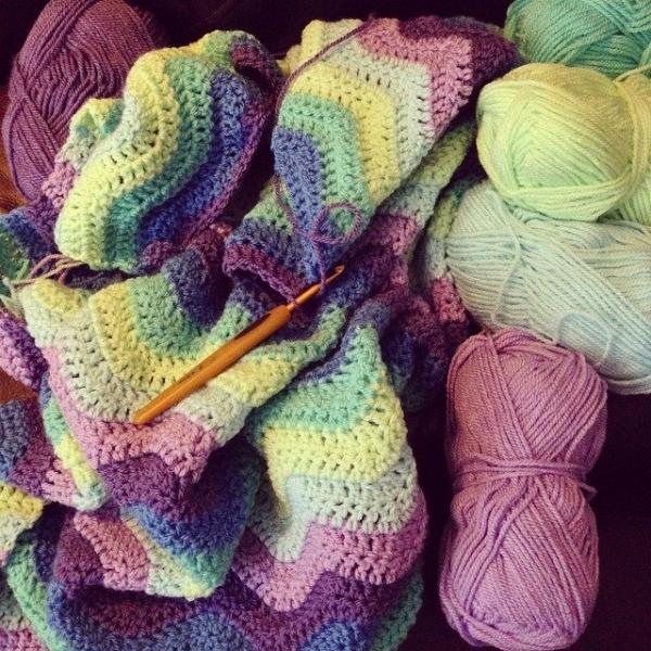 loucamp crochet blanket