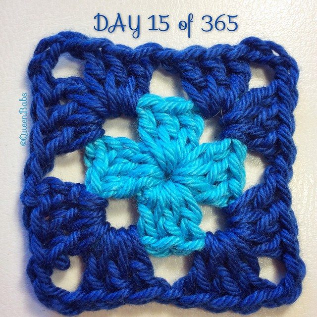 queen_babs crochet square a day