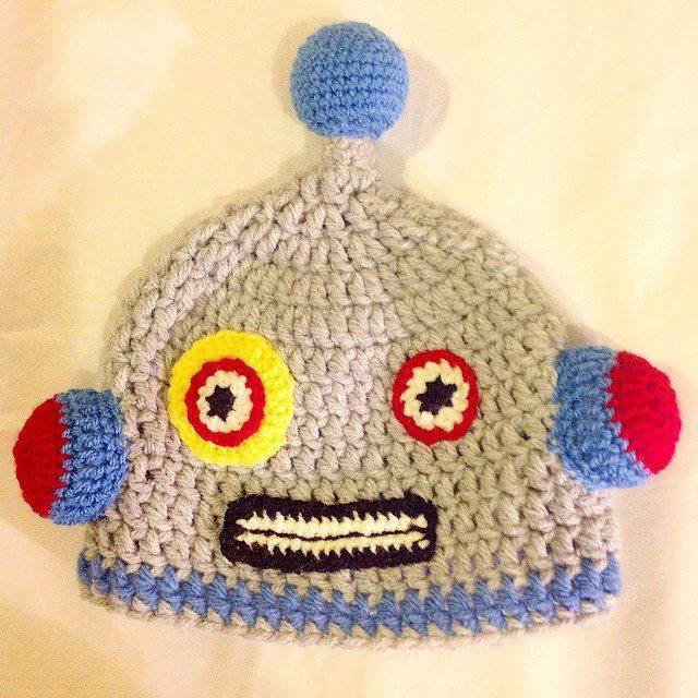 rachelribbons crochet robot hat