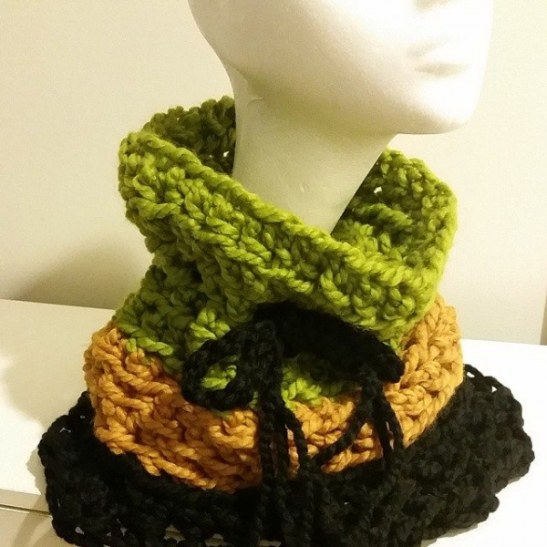smallsdesign crochet cowl