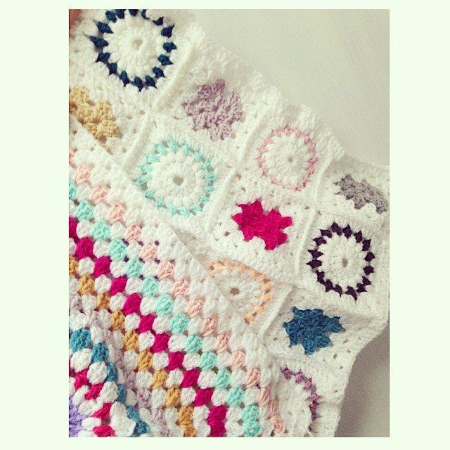 sweet_sharna crochet cushion