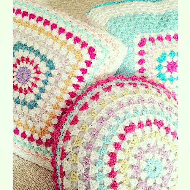 sweet_sharna crochet cushions