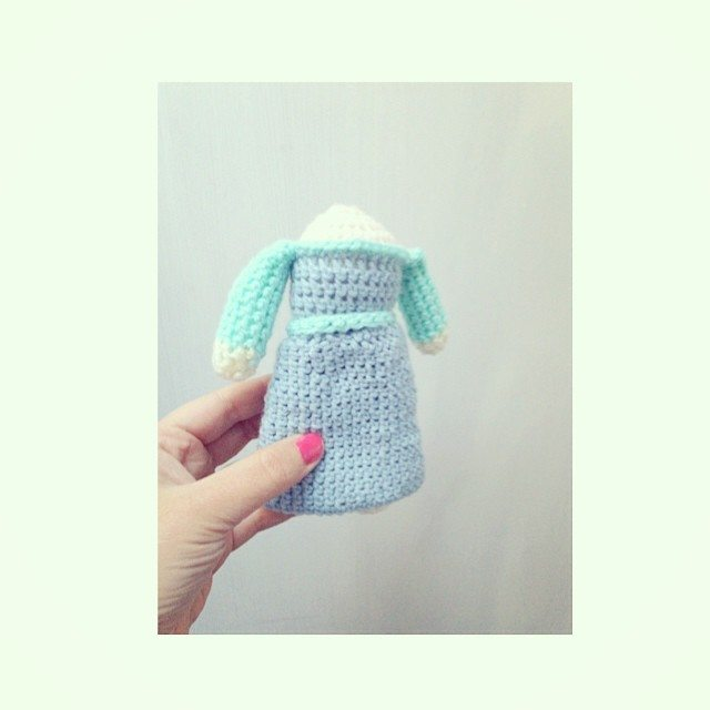 sweet_sharna crochet frozen doll