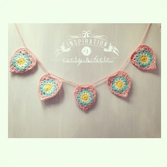 sweet_sharna crochet hearts bunting
