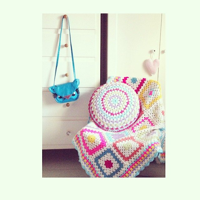 sweet_sharna_makes crochet cushion
