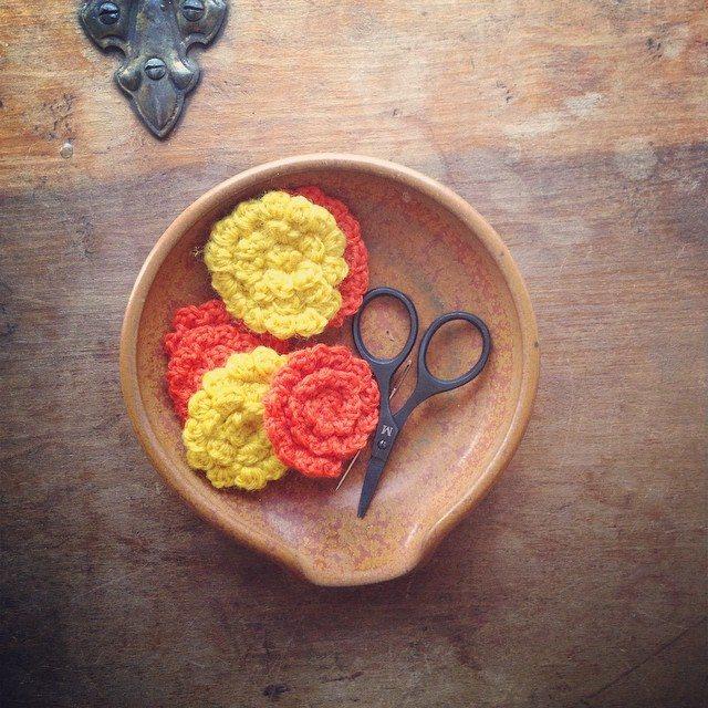 woolyana crochet flower