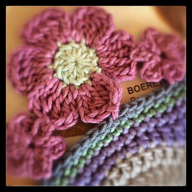 yarn_in_a_barn crochet flower