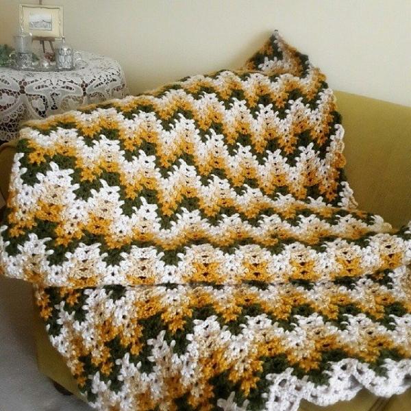 annesurr crochet blanket