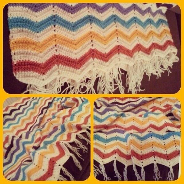 annesurr crochet chevron blanket