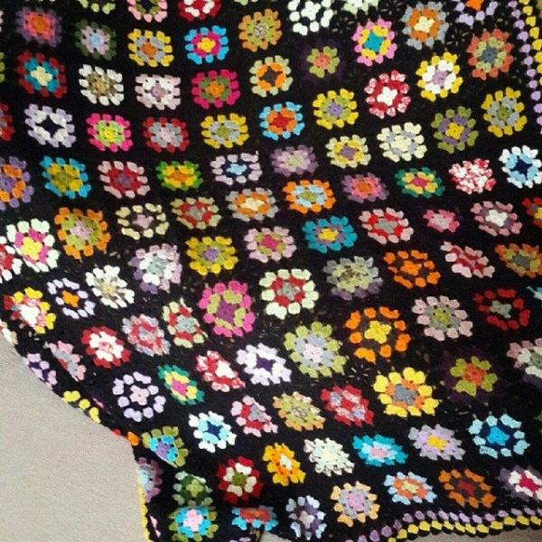 annesurr crochet granny blankets
