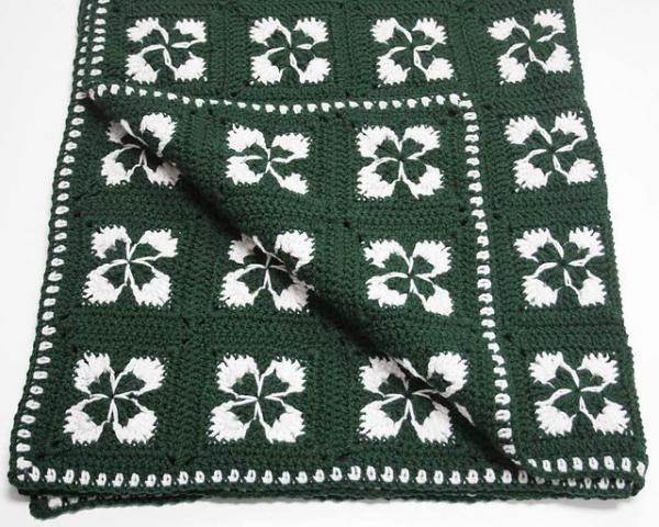 crochet clover blanket
