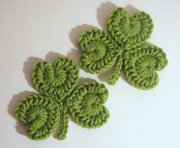 crochet clovers