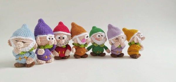 crochet dwarf patterns