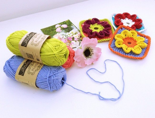 Floral crochet granny square free pattern