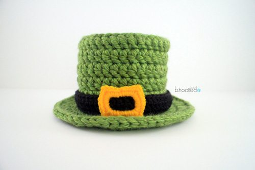 baby top hat free crochet pattern