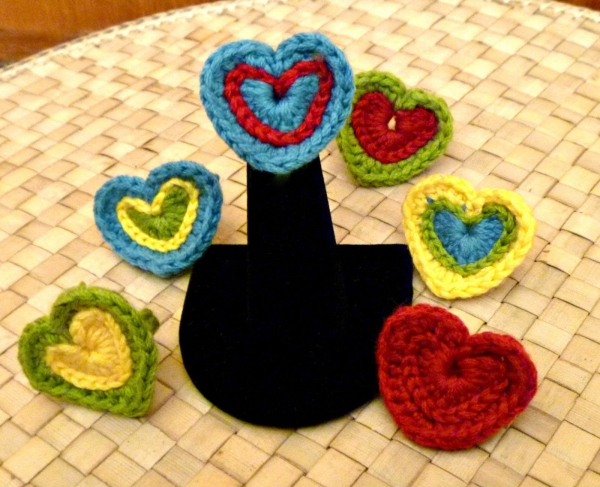 crochet heart ring
