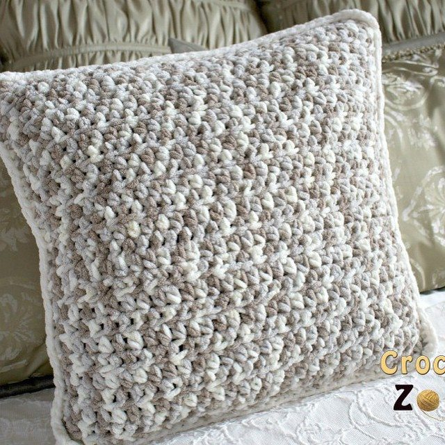 crochetzoneblog crochet pillow