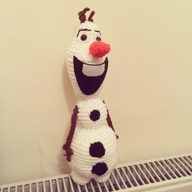 cuteashook crochet snowman