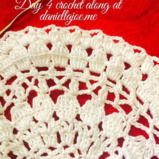 daniellajoe crochet doily