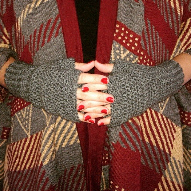 dojocrochet crochet fingerless gloves
