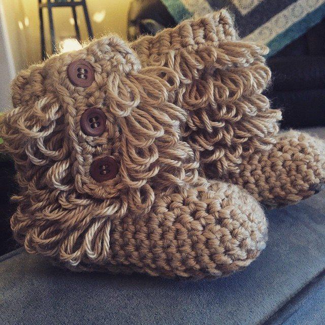 farren.d crochet boots
