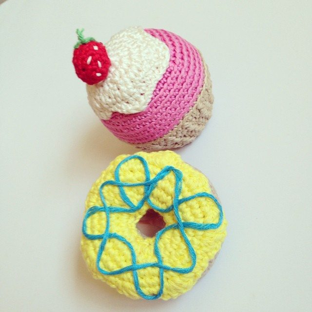 flamingpot crochet donut