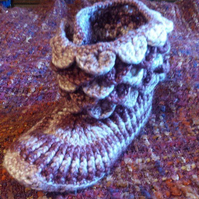 gigididthis crochet boot